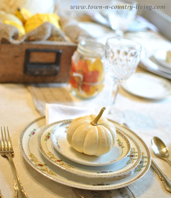 White Table Setting - TCL