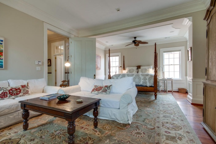 Home Tour: Post American Revolution Restoration in Charleston16 | classictasselsandmore.com