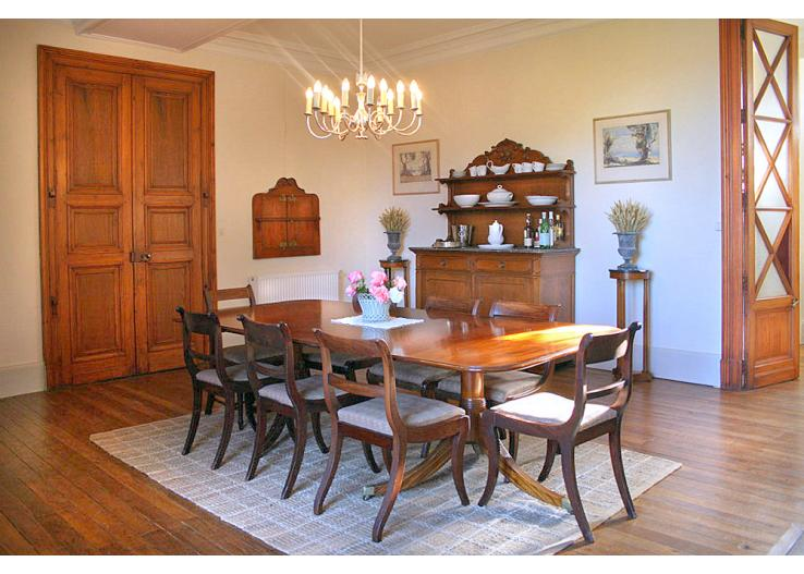 Home Tour: A 17th Century French Chateau 7 classictasselsandmore.com