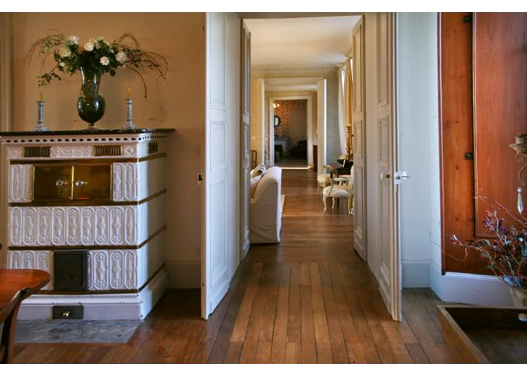 Home Tour: A 17th Century French Chateau 3 classictasselsandmore.com