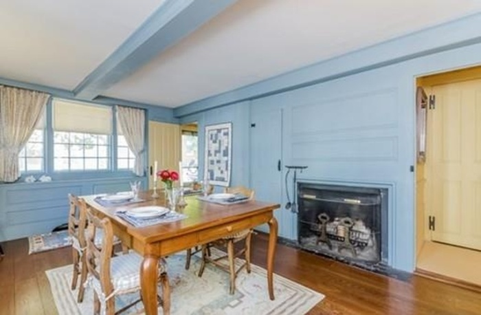 Home Tour: Walk Through All Hallows' Eve in this Historic Salem, MA Home3|classictasselsandmore.com