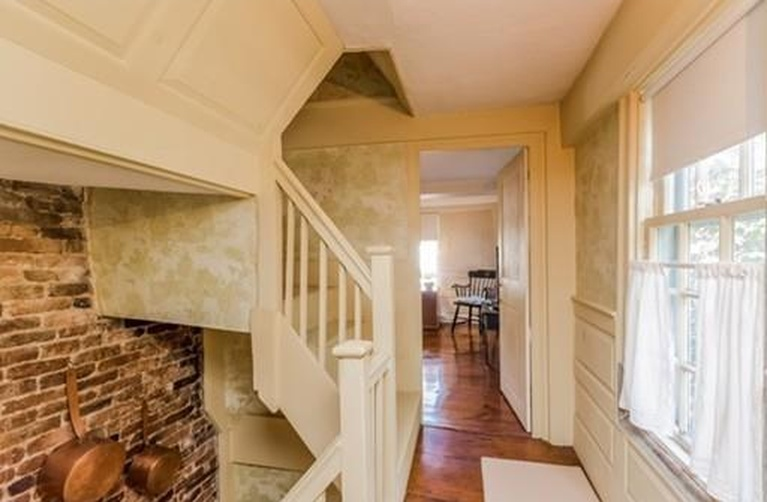 Home Tour: Walk Through All Hallows' Eve in this Historic Salem, MA Home10|classictasselsandmore.com