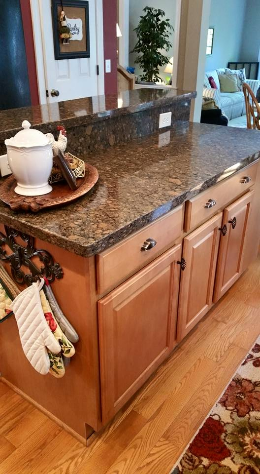 Before and After Pictures: A Kitchen Renovation Project|CounterInstall3|classictasselsandmore.com