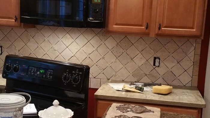 Before and After Pictures: A Kitchen Renovation Project|SecondDemo2|classictasselsandmore.com