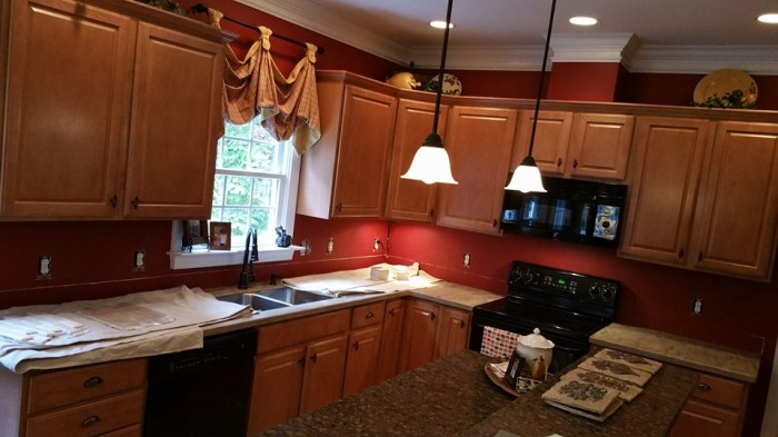 Before and After Pictures: A Kitchen Renovation Project|SecondDemo5|classictasselsandmore.com