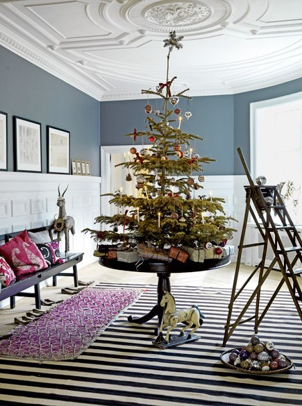 Christmas Decor for Small Spaces from Apartment Therapy|classictasselsandmore.com