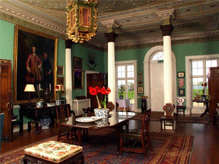 Home Tour: Glin Castle in County Limerick, Ireland7|classictasselsandmore.com