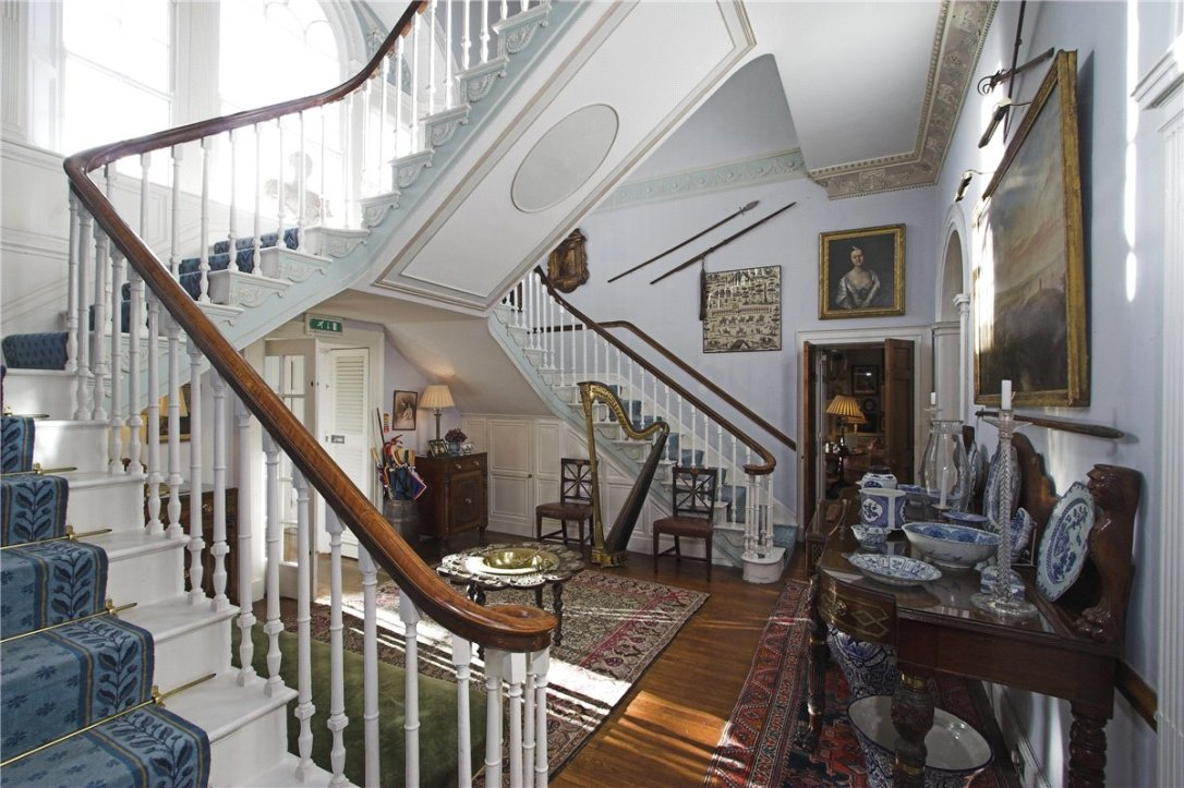 Home Tour: Glin Castle in County Limerick, Ireland14|classictasselsandmore.com