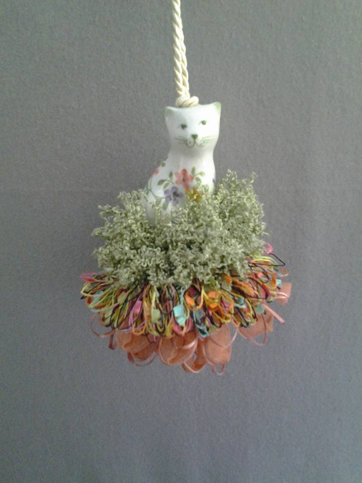 Blossom Beauty Cat Tassel | www.classictasselsandmore.com