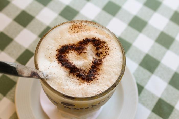 DIY Pumpkin Spice Latte Recipe | www.classictasselsandmore.com