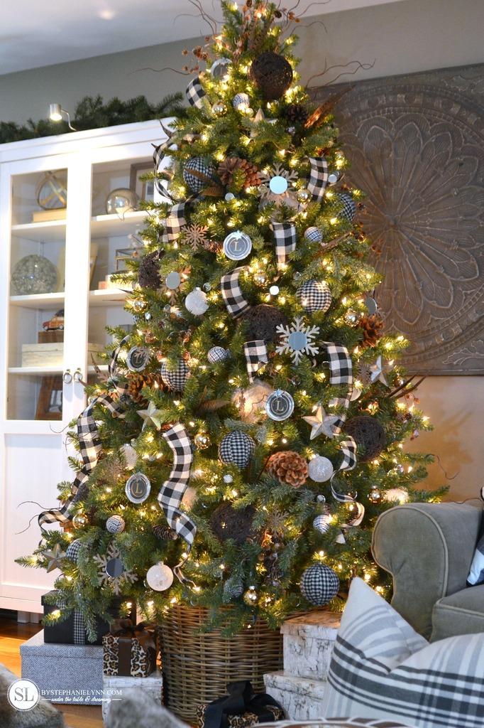 checkered-plaid-christmas-tree-michaelsmakers-_zpswz17uemq
