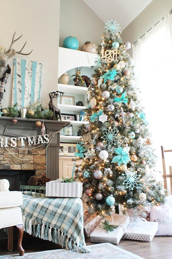 christmas-tree-turquoise-winter-wonderland-idea-4