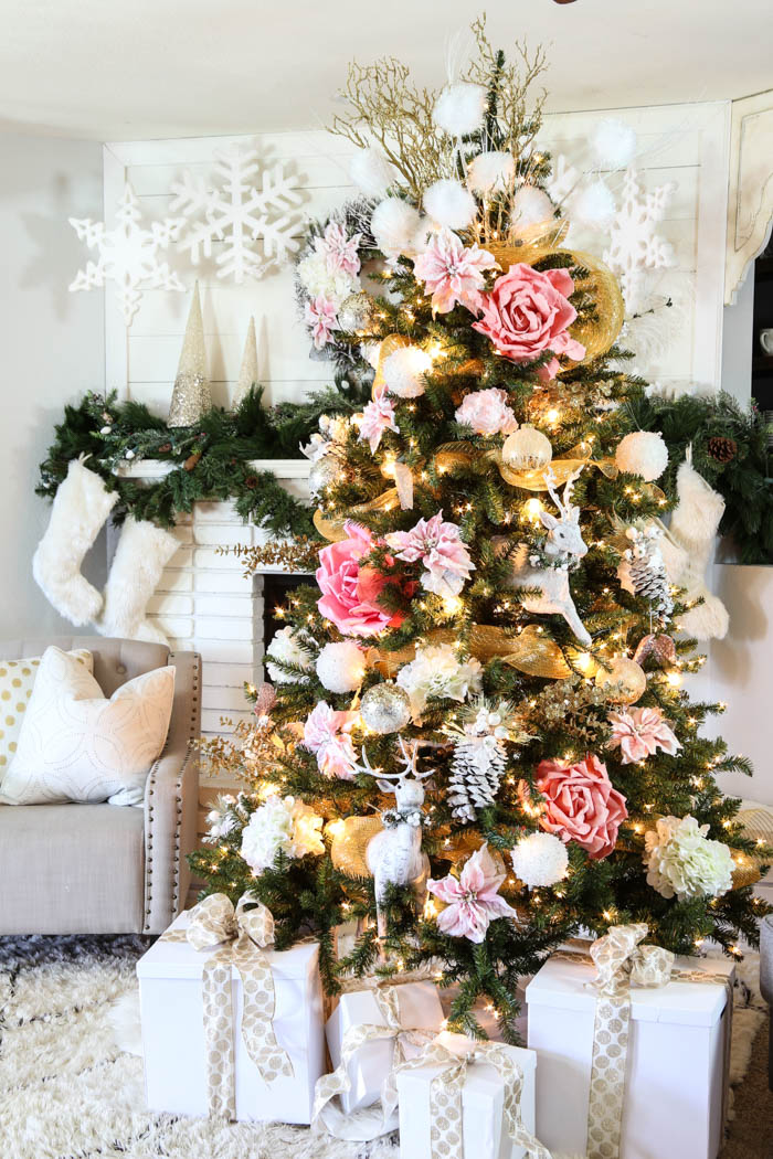 pink-and-gold-dream-christmas-tree-14
