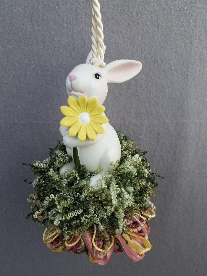 Daisy Bunny Tassel | www.classictasselsandmore.com